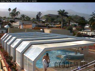 Бассейн отеля Perla Tenerife