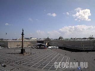 Веб-камера Дворцовой площади Санкт-Петербурга (Санкт-Петербург, Россия)