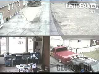 Камеры наблюдения в доме Пита