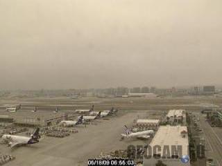 Веб-камера в аэропорту Лос-Анджелеса