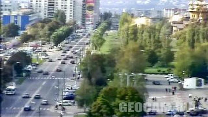 Веб-камера на перекрестке пр. Ватутина и ул. Королёва