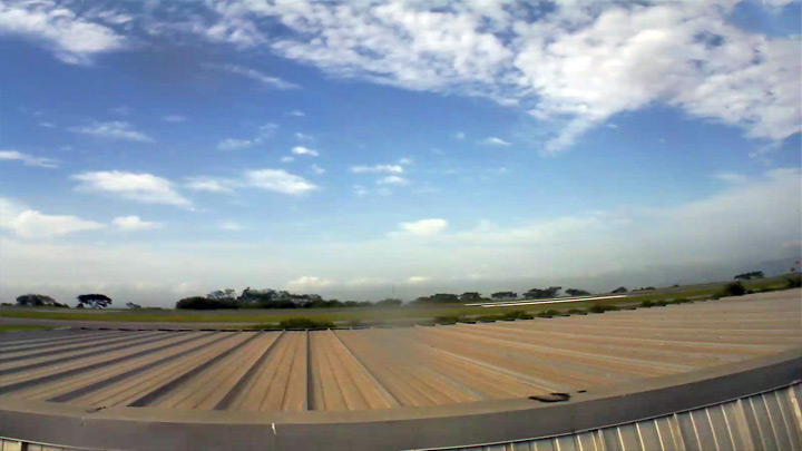 Веб-камера аэропорта Каракас: вид на юг