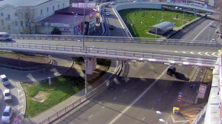 Перекресток улиц Гагарина и Донская