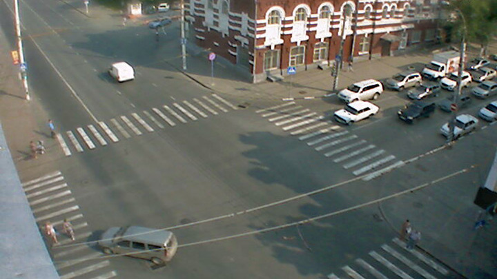 Webcam at the intersection of Gorky and Moscow
