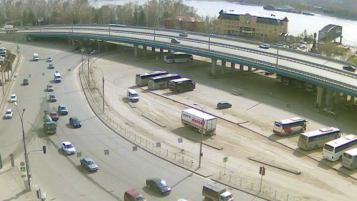 Webcam at the crossroads of Red Avenue - Factory