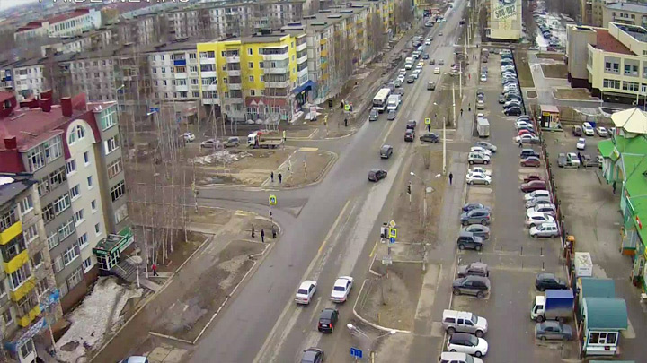 Webcam at the crossroads of Mir - Victory Avenue