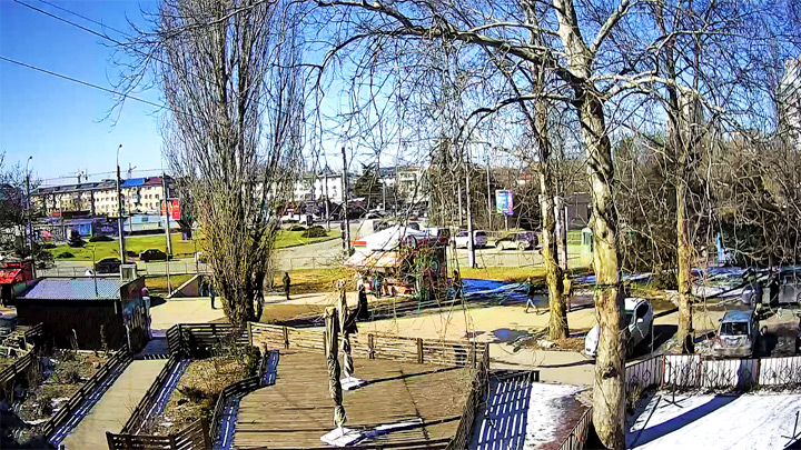 Live webcam overlooking the Moscow Ring: View of the Moscow Square in Simferopol