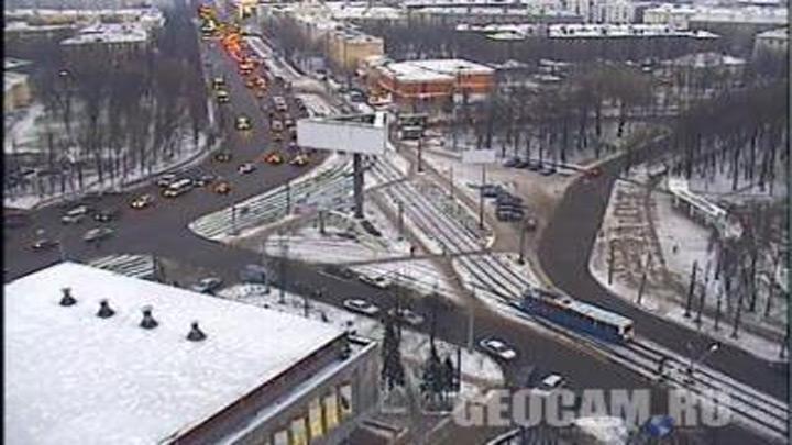 Перекресток проспекта Октября и улицы Чкалова
