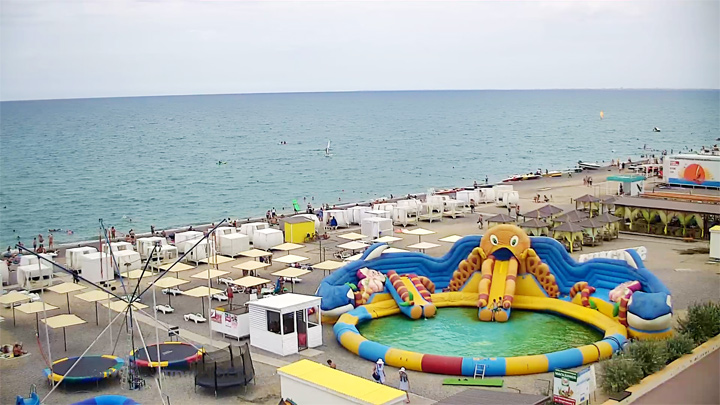 PTZ webcam of the beach complex «Paluba», Novofedorovka, Crimea