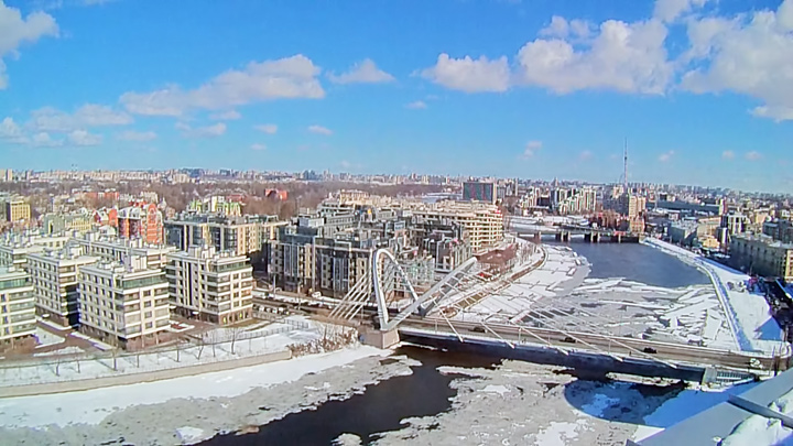 Webcam with a view of the Malaya Nevka and Lazarevsky Bridge, St. Petersburg
