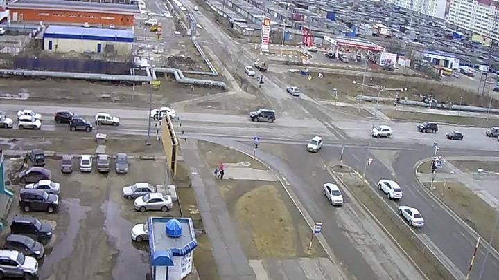 Веб-камера на перекрёстке Северная - Маршала Жукова
