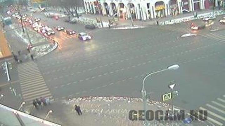 Перекрёсток улицы Б.Октябрьская и пр. Толбухина