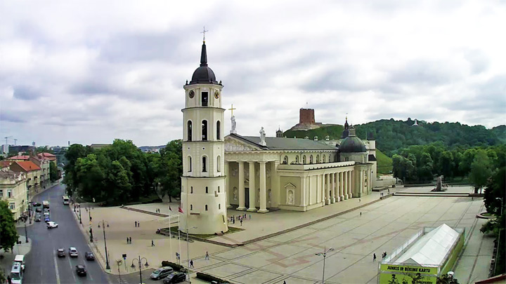 Webcam on Vilnius Cathedral Square: The Cathedral of Saints Stanislaus and Wladyslaw in Vilnius