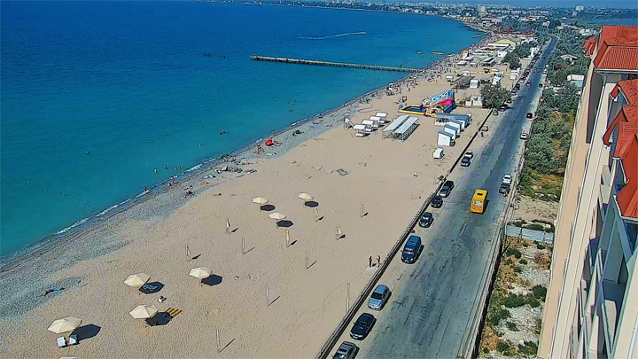 «Golden Sands» beach webcam (Yevpatoria, Crimea): a view on the «Golden Sands» beach